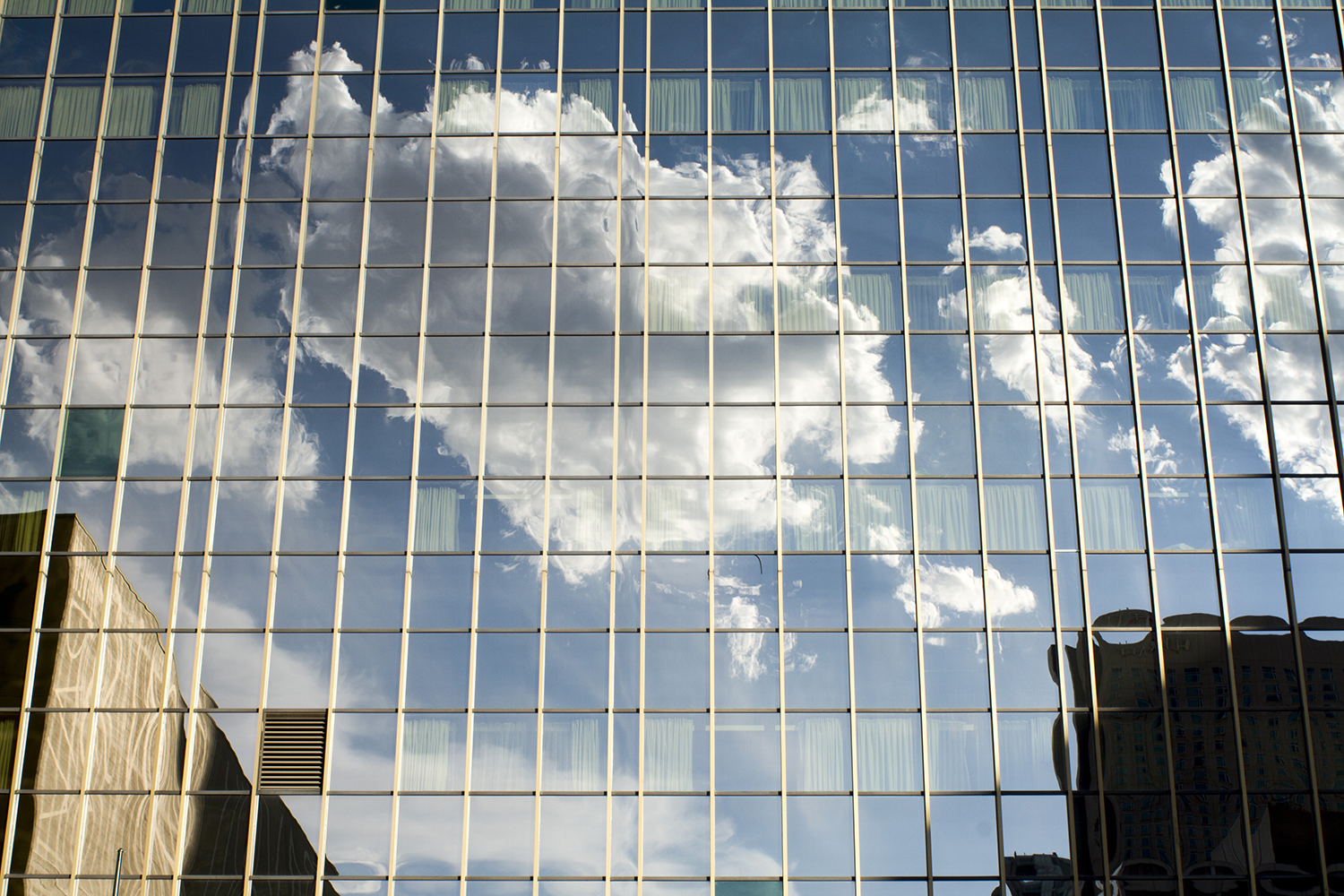 Clouds in Denver. (Kevin J. Beaty)  Denver; Colorado; clouds; sky; kevinjbeaty;