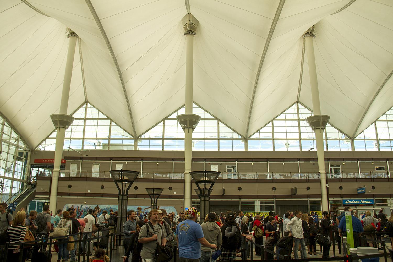Security lines at DIA. (Kevin J. Beaty/Denverite)