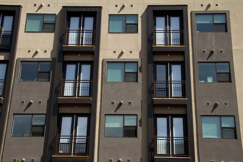 Modernist architecture has become a Highland staple. (Kevin J. Beaty/Denverite)  architeture; apartment; home; residential; highland; modern; denverite; denver; colorado; kevinjbeaty