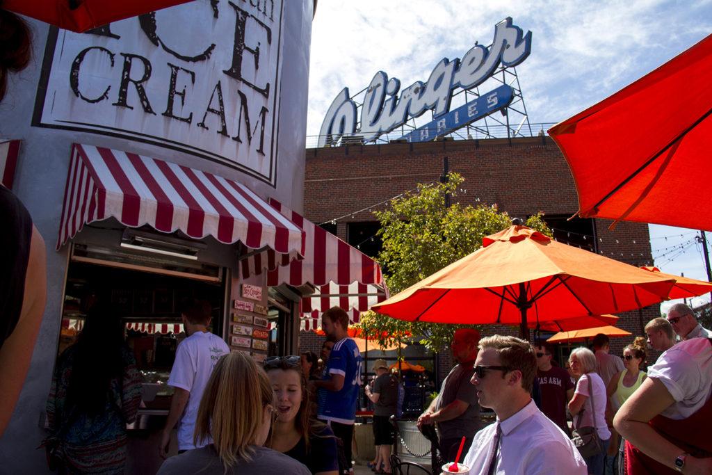 Little Man Ice Cream on a hot spring day in Highland. (Kevin J. Beaty/Denverite)  ice cream; highland; little man; denverite; denver; colorado; kevinjbeaty