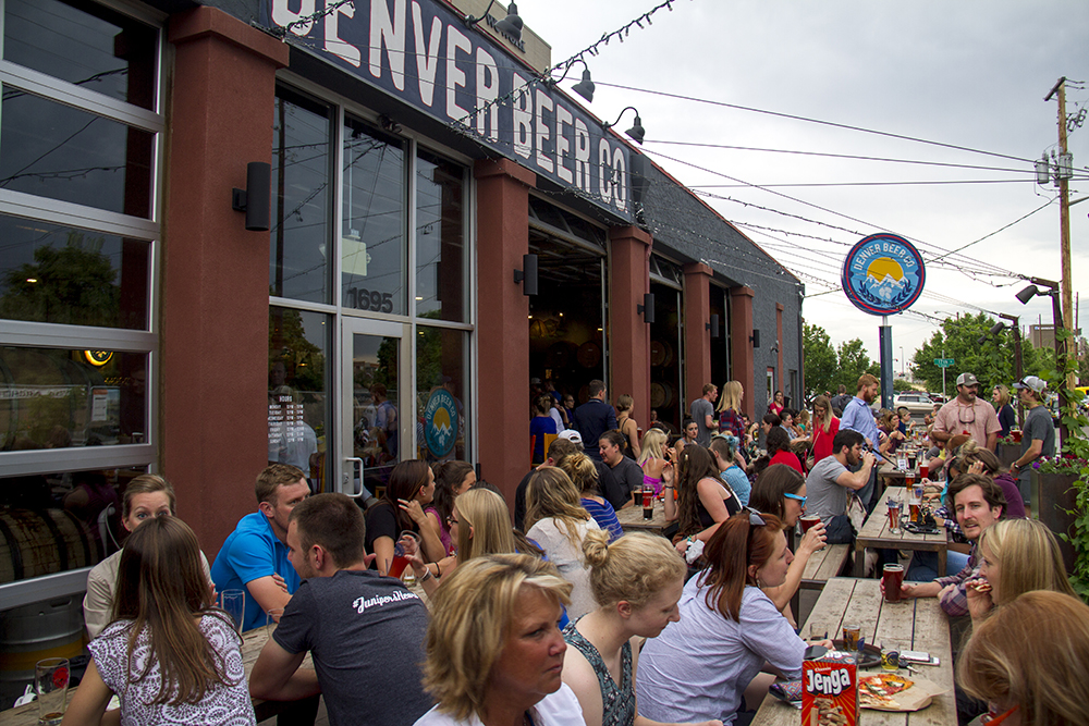 A packed patio at Denver Beer Company in Highland. (Kevin J. Beaty/Denverite)