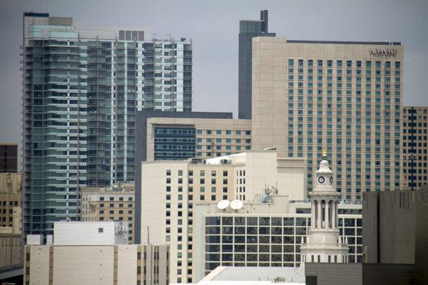 A summer skyline. (Kevin J. Beaty/Denverite)  skyline; summer; cityscape; downtown; denver; denverite; colorado; kevinjbeaty