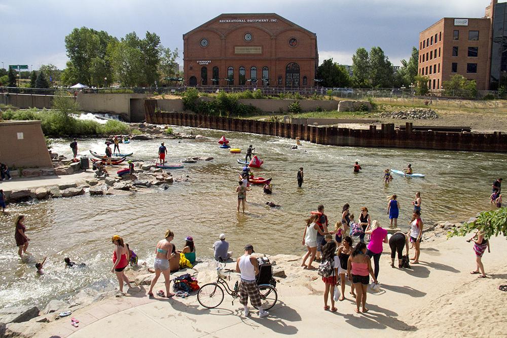 A full beach at Confluence Park during South Platte Riverfest, June 25, 2016. (Kevin J. Beaty/Denverite)  south platte river; south platte riverfest; confluence park; denver; denverite; kevinjbeaty; colorado;