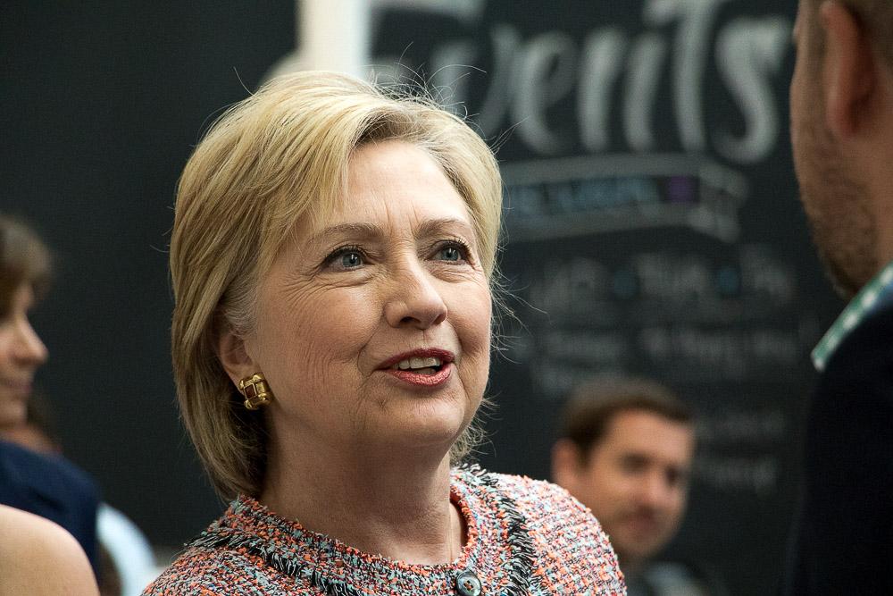 Clinton at Galvanize (Chloe Aiello/Denverite)