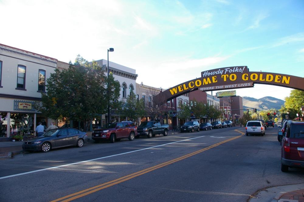 Golden's Washington Avenue. (Wilko Hardenberg / Flickr)