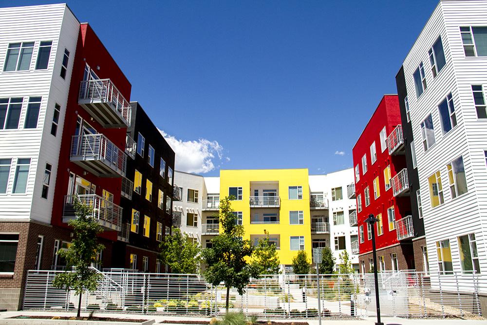 The 1000 South Broadway Apartments. (Kevin J. Beaty/Denverite)  apartment building; residential; real estate; denver; colorado; denverite; kevinjbeaty