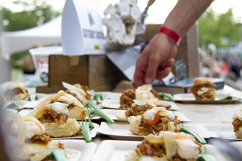Butcher's Bistro provides mesquite smoked pork topped with jalapeño cream cheese and pickled watermelon rind for patrons at the Big Eat. Denver Center For The Performing Arts, July 14, 2016. (Kevin J. Beaty/Denverite)  food; big eat; Denver Center For The Performing Arts; denver; kevinjbeaty; colorado; denverite;