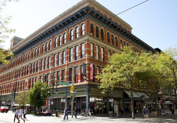 The 16th Street Mall. (Kevin J. Beaty/Denverite)  sixteenth street; 16th street mall; cbd; central business district; downtown; denver; colorado; kevinjbeaty; denverite;