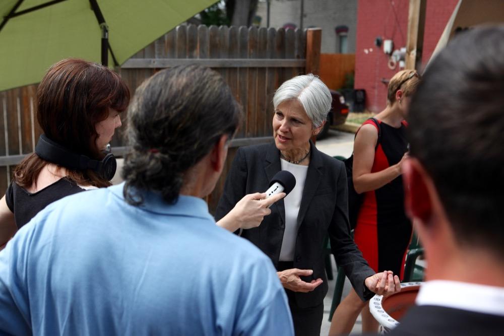 Jill Stein at the Whittier Cafe. (Andrew Kenney/Denverite)