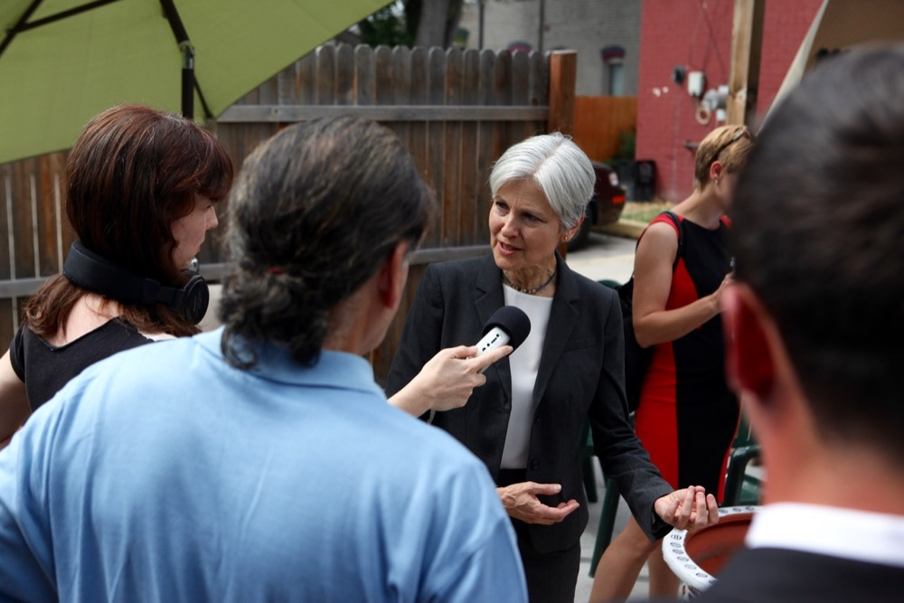 Jill Stein at the Whittier Cafe. (Andrew Kenney/Denverite)