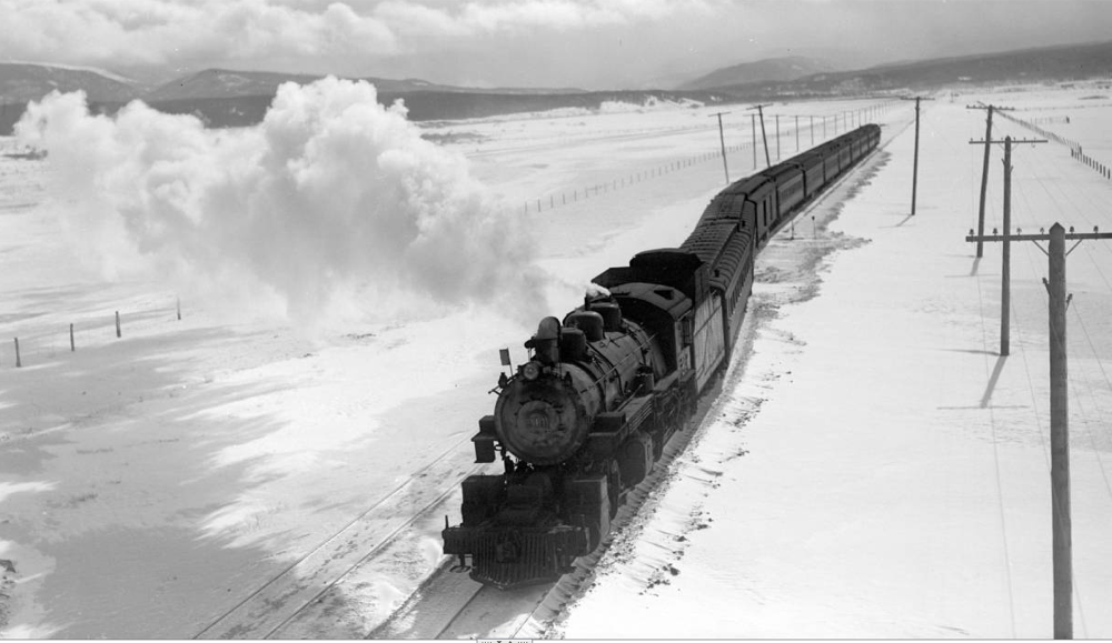 "A westbound ""ski train"" in Tabernash, Colorado in 1940. (Denver Public Library/Western History Collection/OP-11288)"