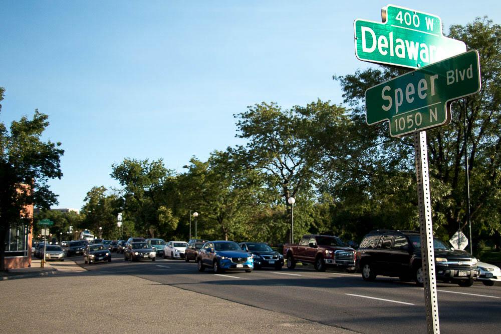Traffic on Speer. (Chloe Aiello/Denverite)