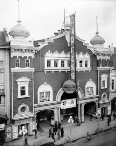 The Empress Theater at 1615 Curtis St. sometime between 1920 and 1930. (Denver Public Library/Western History Collection/X-24666)