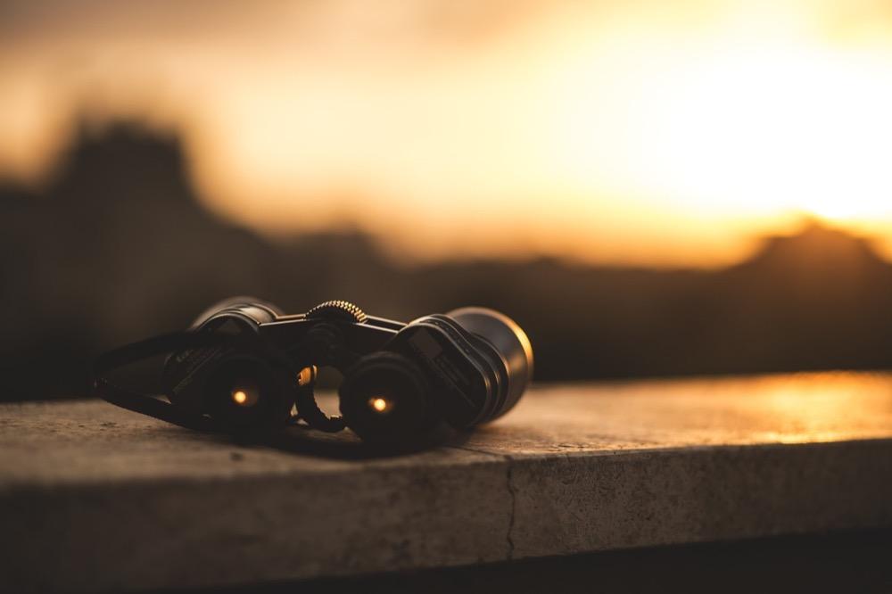 Binoculars. (Unsplash/Pixabay)