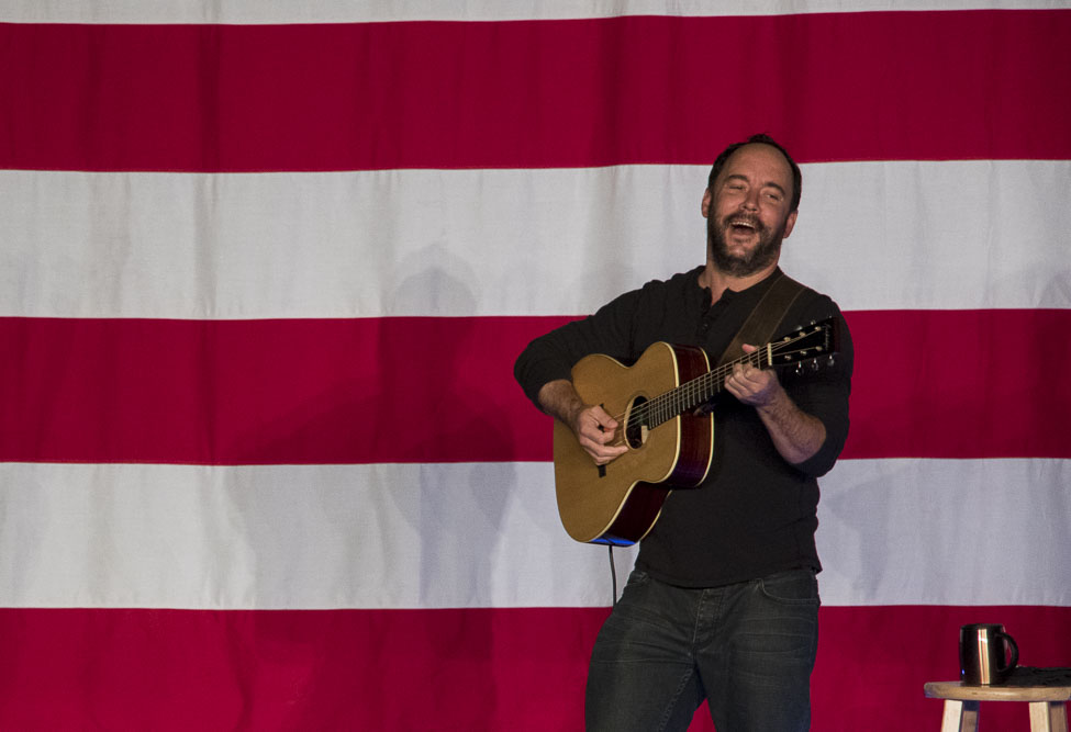 Dave Matthews at the National Western Complex for Tim Kaine and Get Out the Vote. (Chloe Aiello/Denverite)