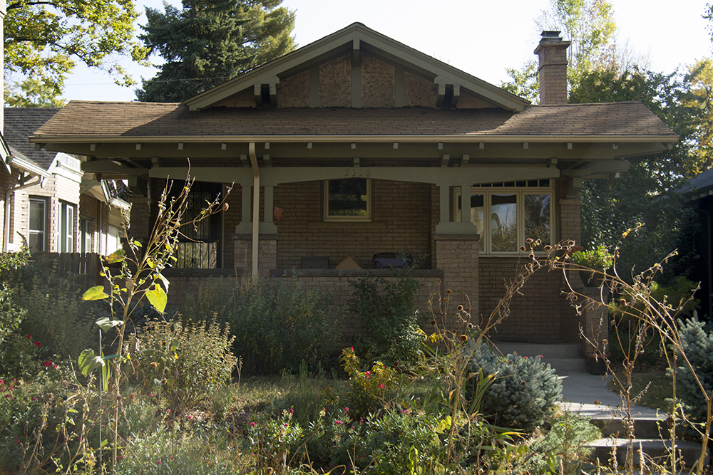 A Park Hill bungalow. (Kevin J. Beaty/Denverite)  residential real estate; park hill; denver; colorado;