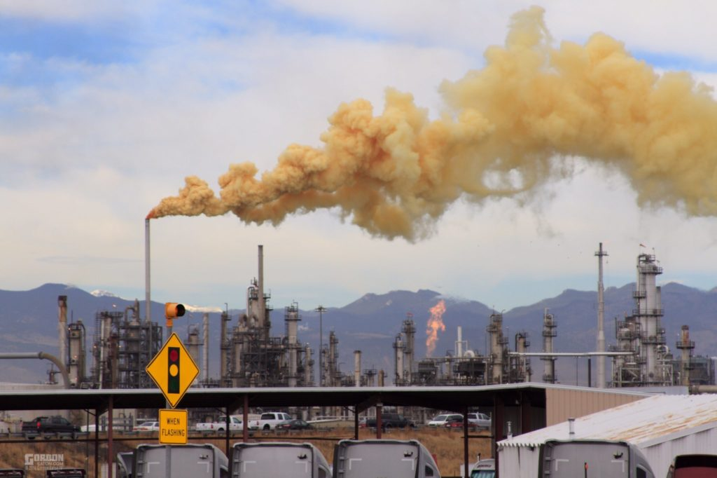 A yellow plume emerges from the Suncor refinery in Commerce City on Oct. 14, 2016. (Courtesy Gordon Eaton)