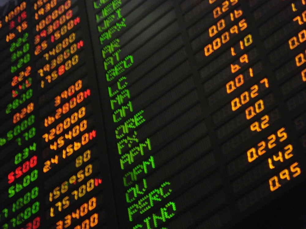 Philippine stock market board. (Katrina.Tuliao/Wikimedia Commons)