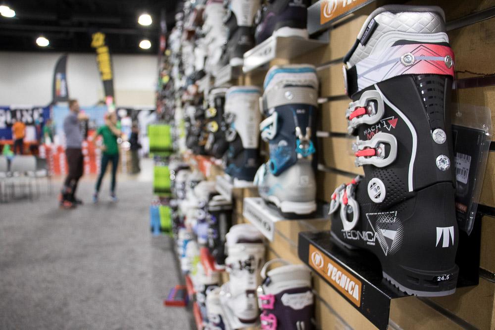 The 2016 Ski and Snowboard Expo at the Colorado Convention Center. (Chloe Aiello/Denverite)