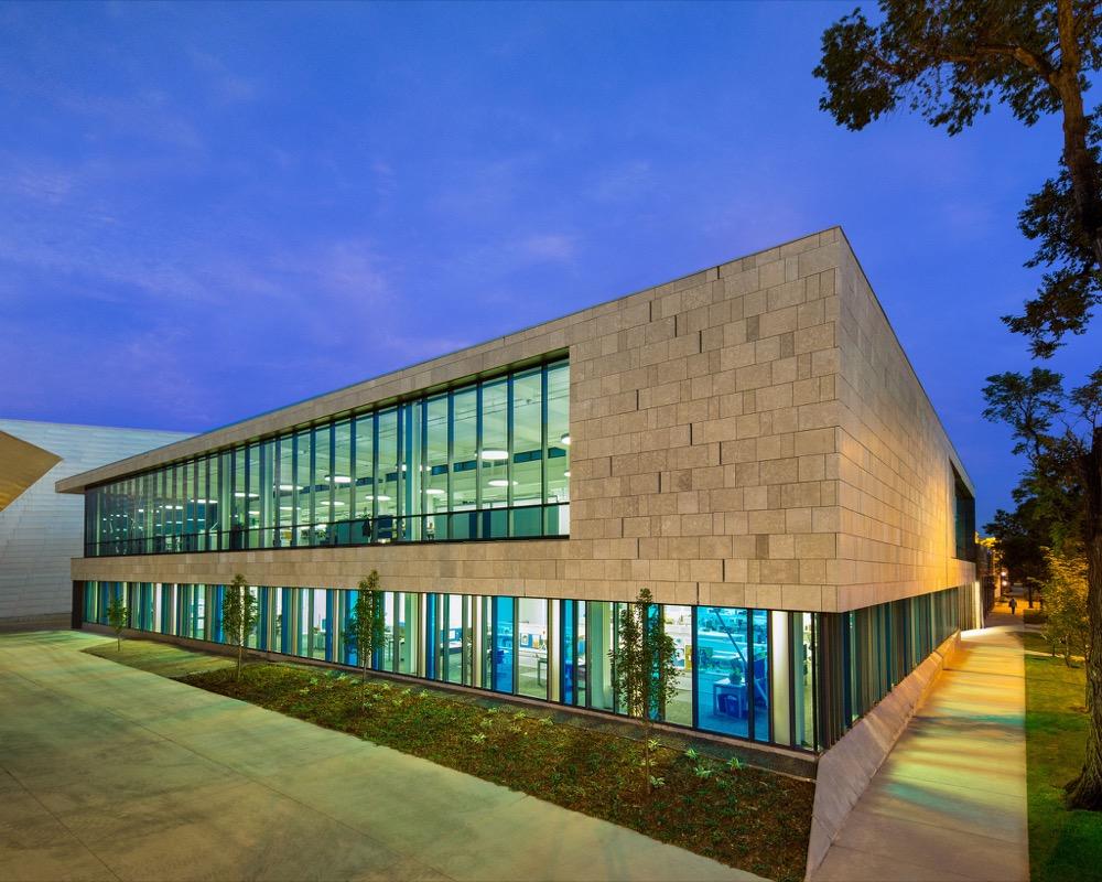 "The Denver Art Museum Administration Building won an award in the ""Distinctive Denver"" category of the 2016 Mayor's Design Award. (Denver CPD)"