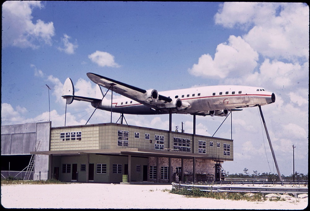 A Constellation photographed in Florida in the 1970s. (Fred Ward/Wikimedia Commons)