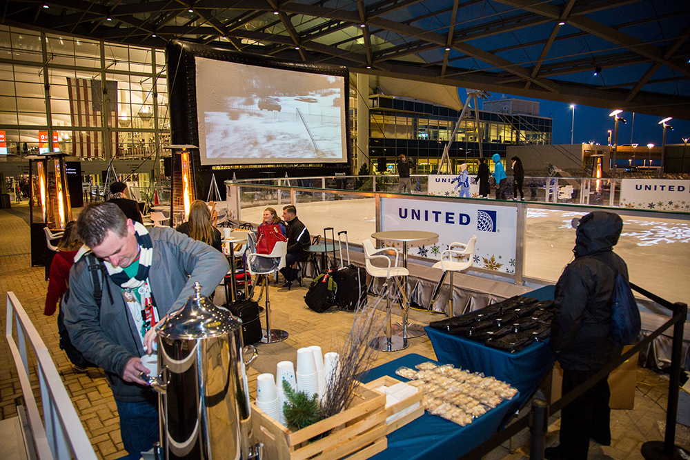 Cookies and hot chocolate abound at Film on the Fly, Dec. 16, 2016. (Photograph provided courtesy of Denver International Airport)  2016; christmas vacation; event; film on the fly; plaza; dia; denver international airport