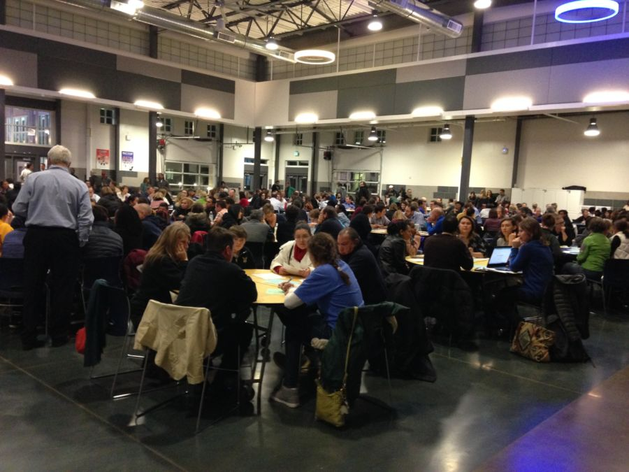 Nearly 300 people packed into Northfield High Monday night. Dec. 5, 2016. (Melanie Asmar, Chalkbeat)