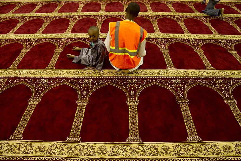 Ramadan at the Colorado Muslim Society. (Kevin J. Beaty/Denverite)  ramadan; islam; colorado muslim society; mosque; kevinjbeaty; denver; colorado; denverite; religion;