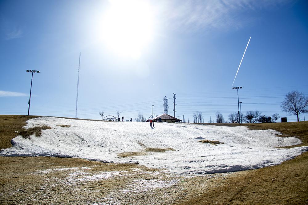 You can definitely still sled down Ruby Hill. (Kevin J. Beaty/Denverite)  ruby hill; sledding; cowx; weather; colorado; denver; denverite; kevinjbeaty;