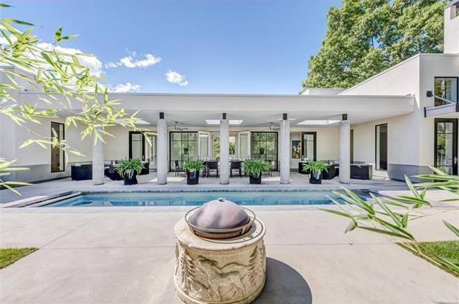 The pool of 270 South Clermont Street. (Courtesy of Redfin)