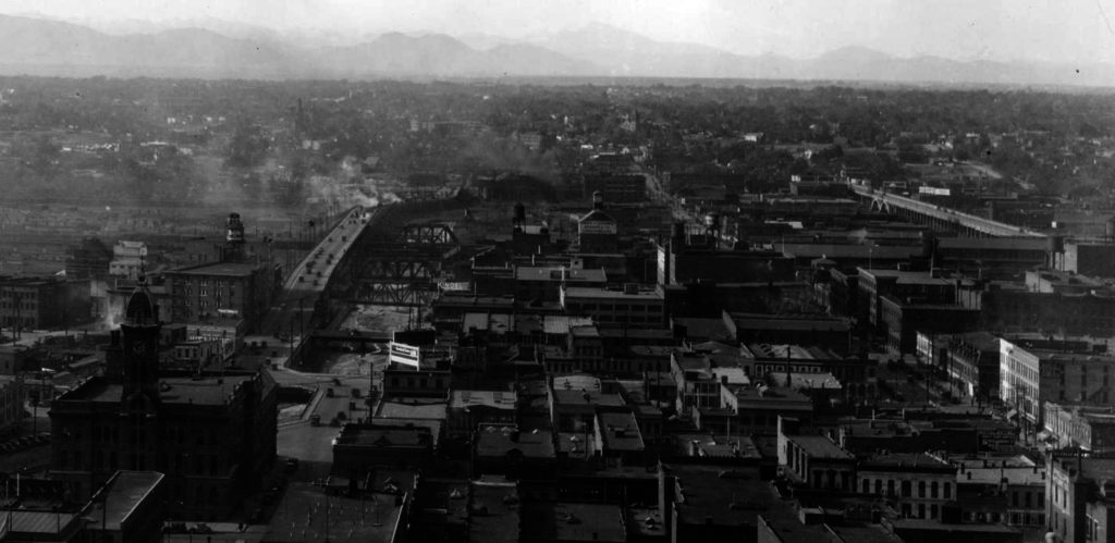 An aerial view of Denver between 1920 and 1929, including the 14th Street viaduct along the river. (Western History and Genealogy Dept./Denver Public Library