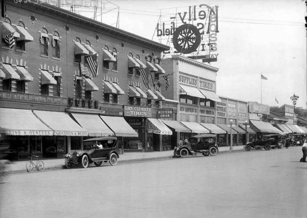The east side of the 1500 block of Broadway circa 1916. (Louis Charles McClure/Western History & Genealogy Dept./Denver Public Library)