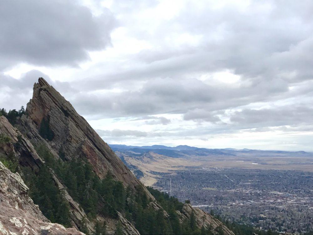 The Flatirons above Boulder. (Ashley Dean/Denverite)