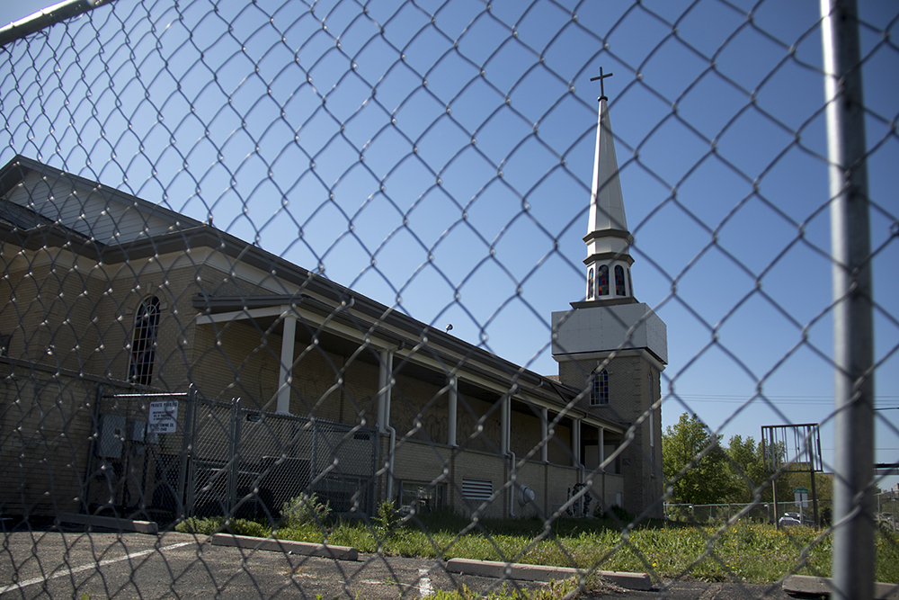 The Universal Church at Colorado Boulevard and Leetsdale Drive in the Hilltop neighborhood, May 30, 2017. (Kevin J. Beaty/Denverite)  denver; colorado; kevinjbeaty; denverite; hilltop; development;