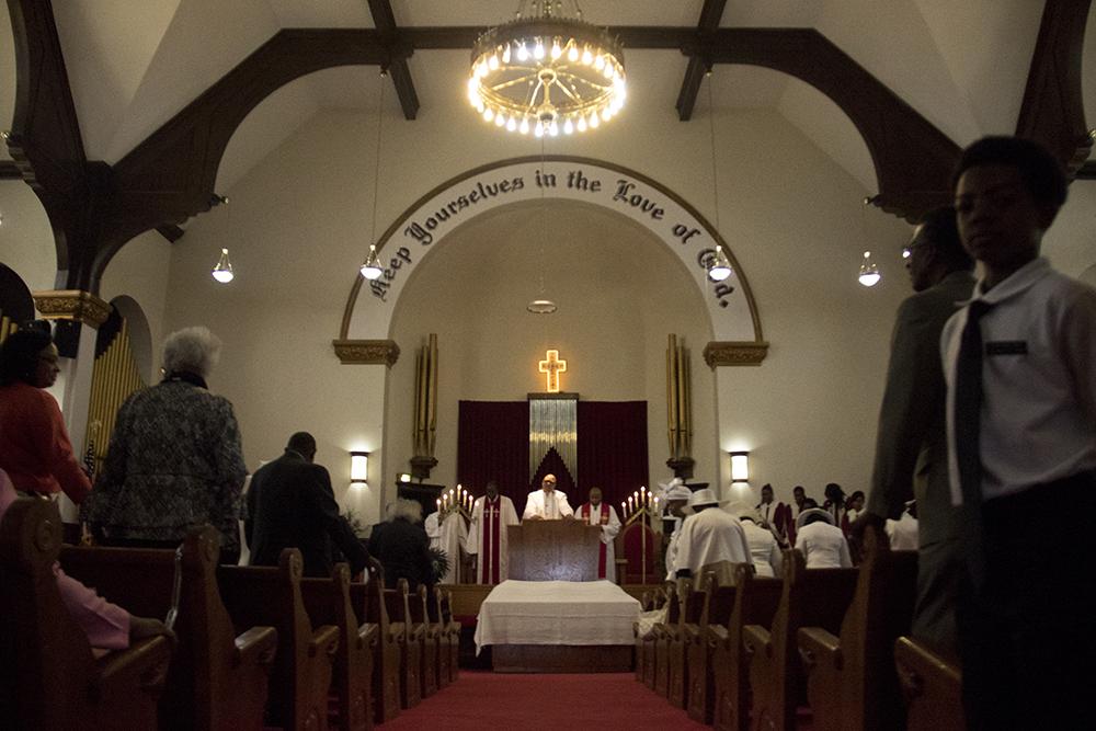Zion Baptist Church on communion Sunday, May 31, 2017. (Kevin J. Beaty/Denverite)  zion baptist church; five points; kevinjbeaty; religion; denver; denverite; colorado;