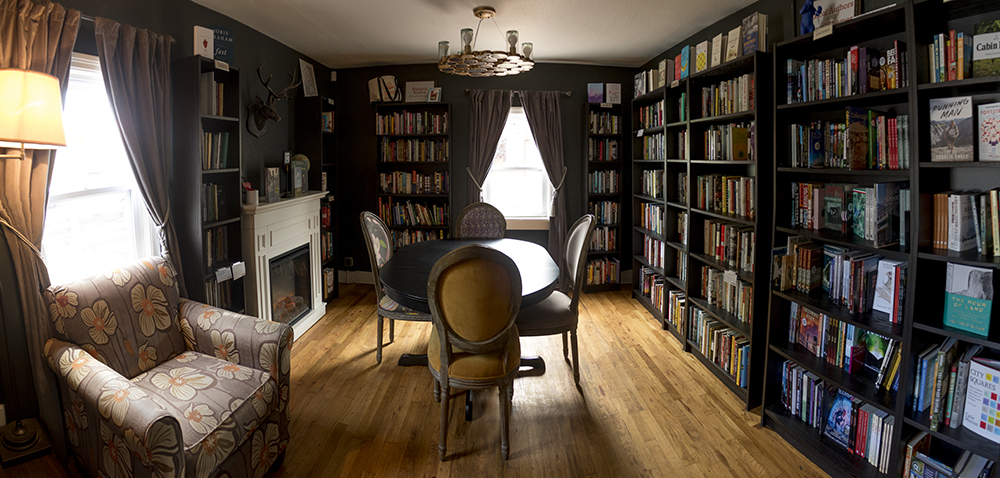 Book Bar in Berkeley, May 31, 2017. (Kevin J. Beaty/Denverite)  berkeley; book bar; nightlife; food; tennyson; book store; kevinjbeaty; denver; denverite; colorado;