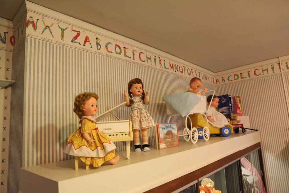 Dolls. (andrew Kenney/Denverite)