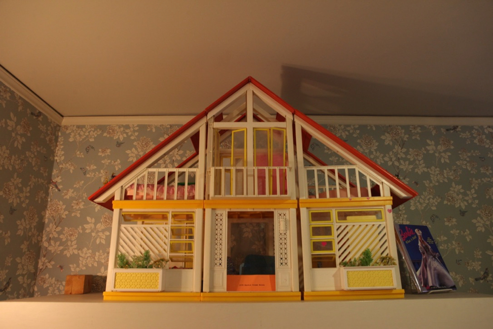 Barbie's previous dreamhouse. (Andrew Kenney/Denverite)