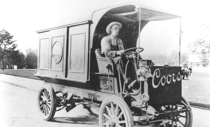 Coors beer distribution 1910 style. (Courtesy of Molson Coors Brewing Co.)
