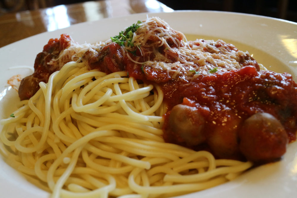 Spaghetti and meatballs from the Old Spaghetti Factory. (Elsie Hui/Flickr/CC)