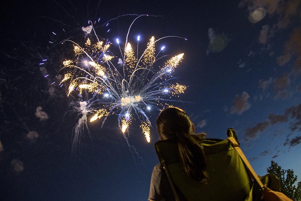 The Glendale 4th of July fireworks show, July 1, 2017. (Kevin J. Beaty/Denverite)