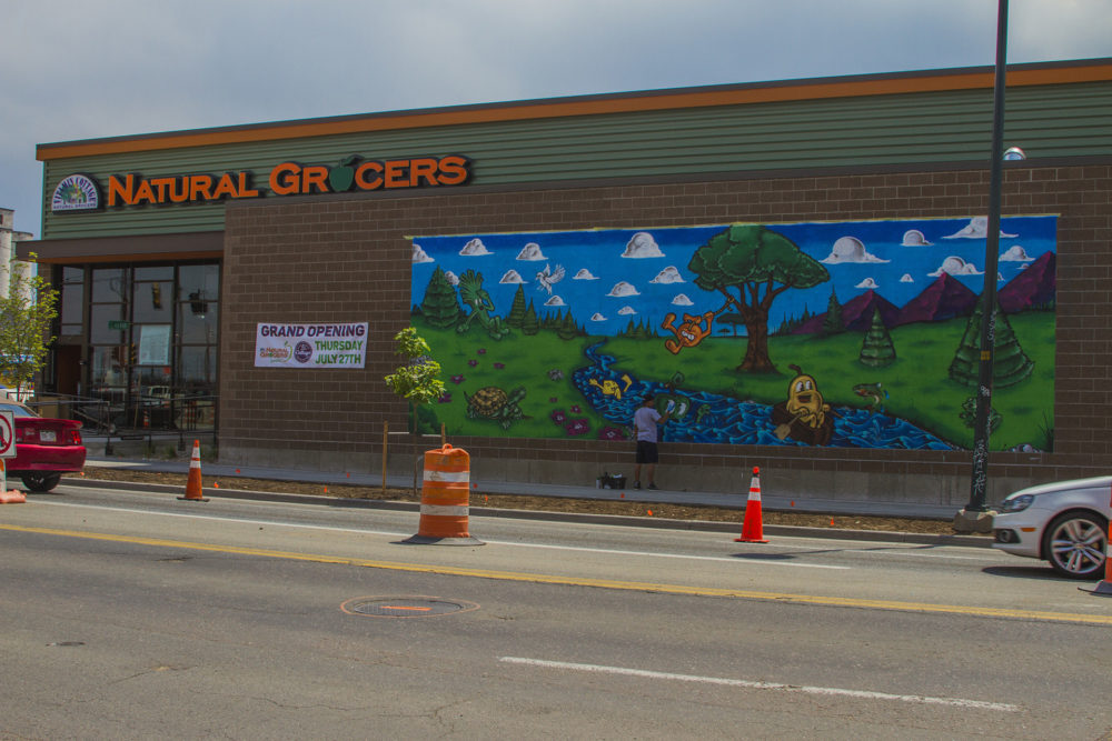 Natural Grocers' downtown Denver store relocates to RiNo. (PRNewsfoto/Natural Grocers by Vitamin Cott)