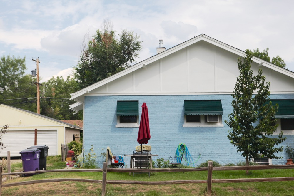 A blue house near East Colfax. (Andrew Kenney/Denverite)