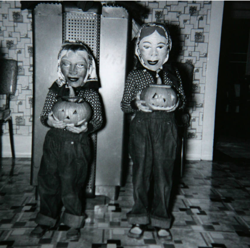 Janet Paxton, left, and Marilyn Paxton, right, on Halloween in 1961. (Rocky Mountain News/Denver Public Library/RMN-036-9232)