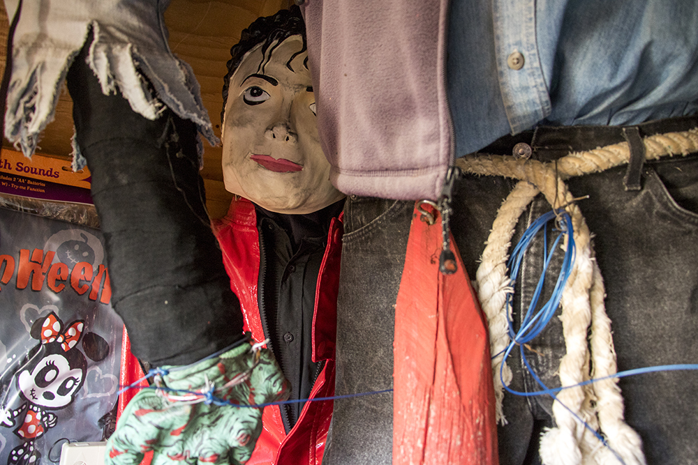"""A Michael Jackson marionette inside Johnny """"the Puppetmaster"""" Sandoval's shed behind his Mar Lee home. Oct. 24, 2017. (Kevin J. Beaty/Denverite)  denver; colorado; denverite; kevinjbeaty; mar lee; halloween; odd spots; haunted house;"""