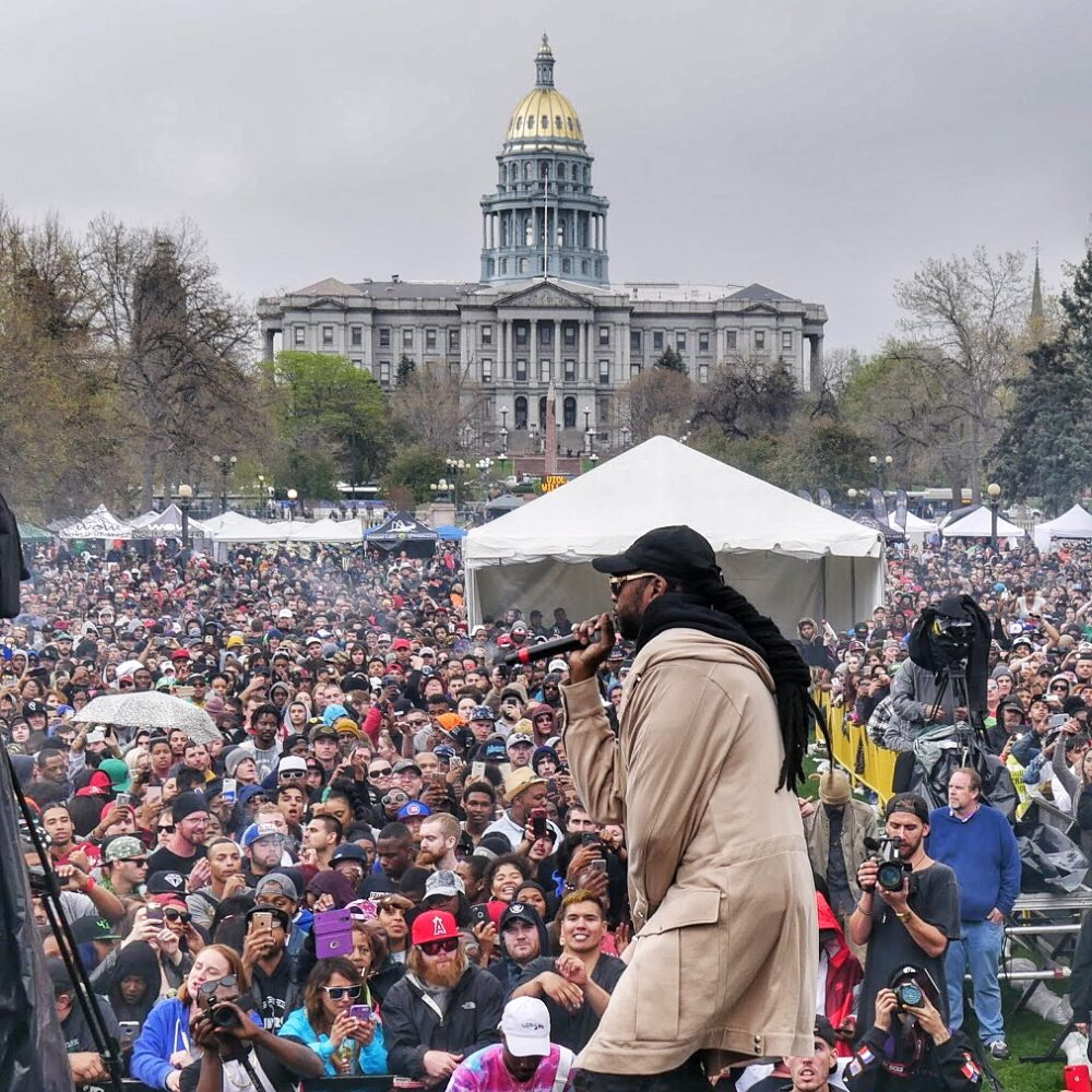 2 Chainz playing Denver's 4/20 event in 2017. (Courtesy Bobby Reginelli)