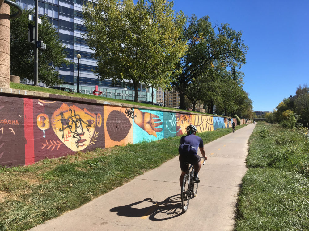 Another mural along the Cherry Creek Trail. (Dave Burdick/Denverite)