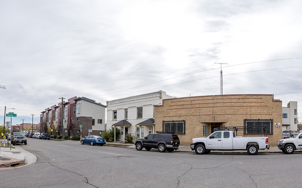 West 32nd Avenue and Vallejo Street. (Kevin J. Beaty/Denverite)  development; highland; denverite; kevinjbeaty; colorado; denver;