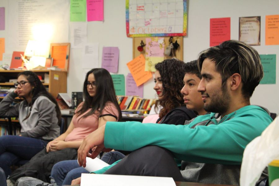 Students at The New America School in Thornton during an English class. (Photo by Nic Garcia)