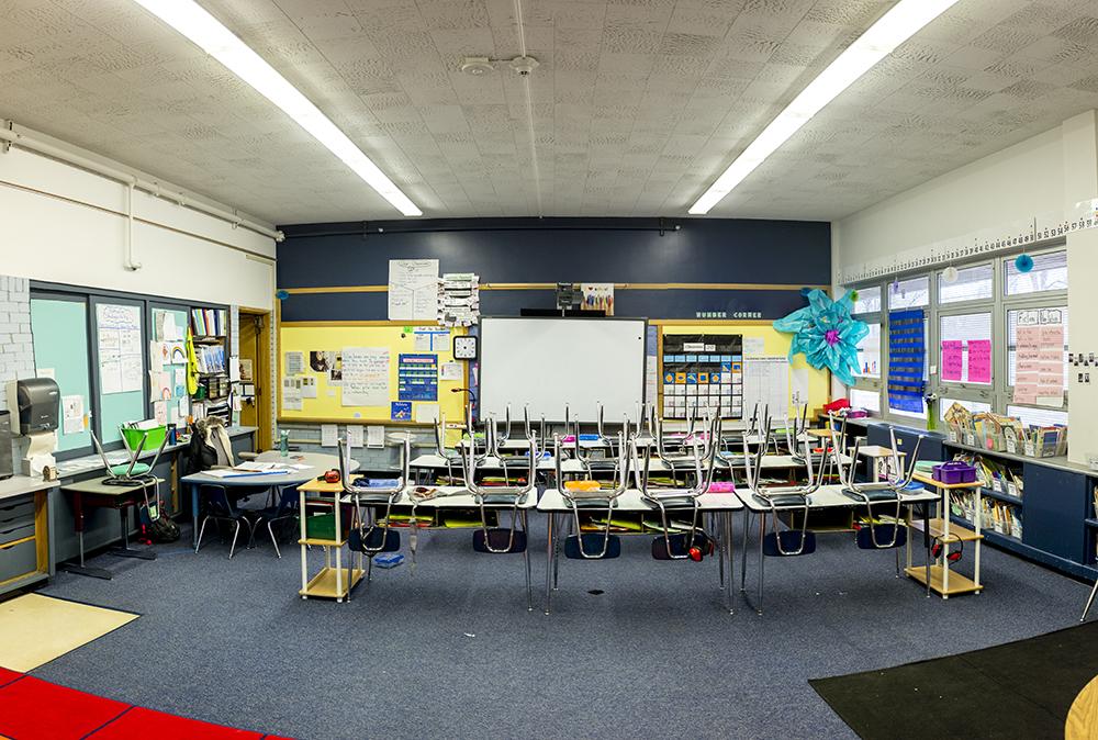 An empty classroom at Goldrick Elementary School, Dec. 7, 2017. (Kevin J. Beaty/Denverite)